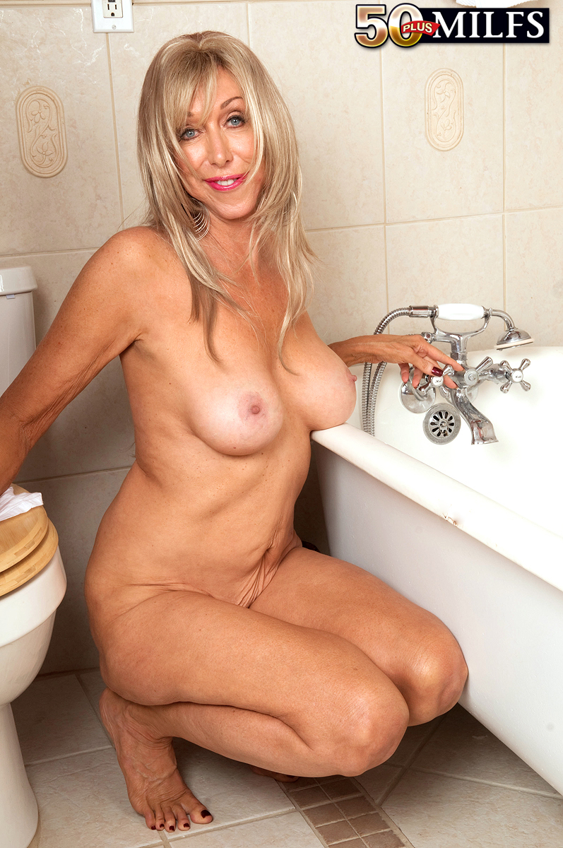 hot naked milfs in the shower