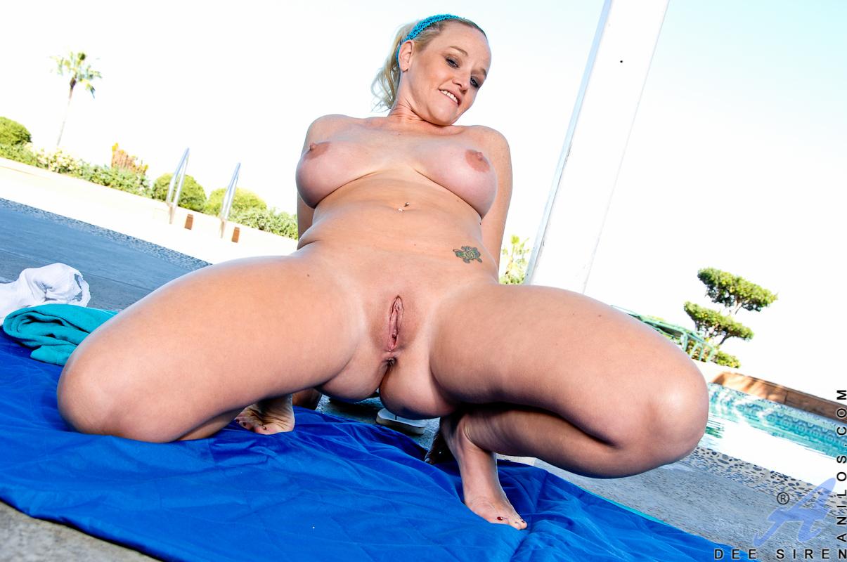 busty mature masturbation after morning yoga