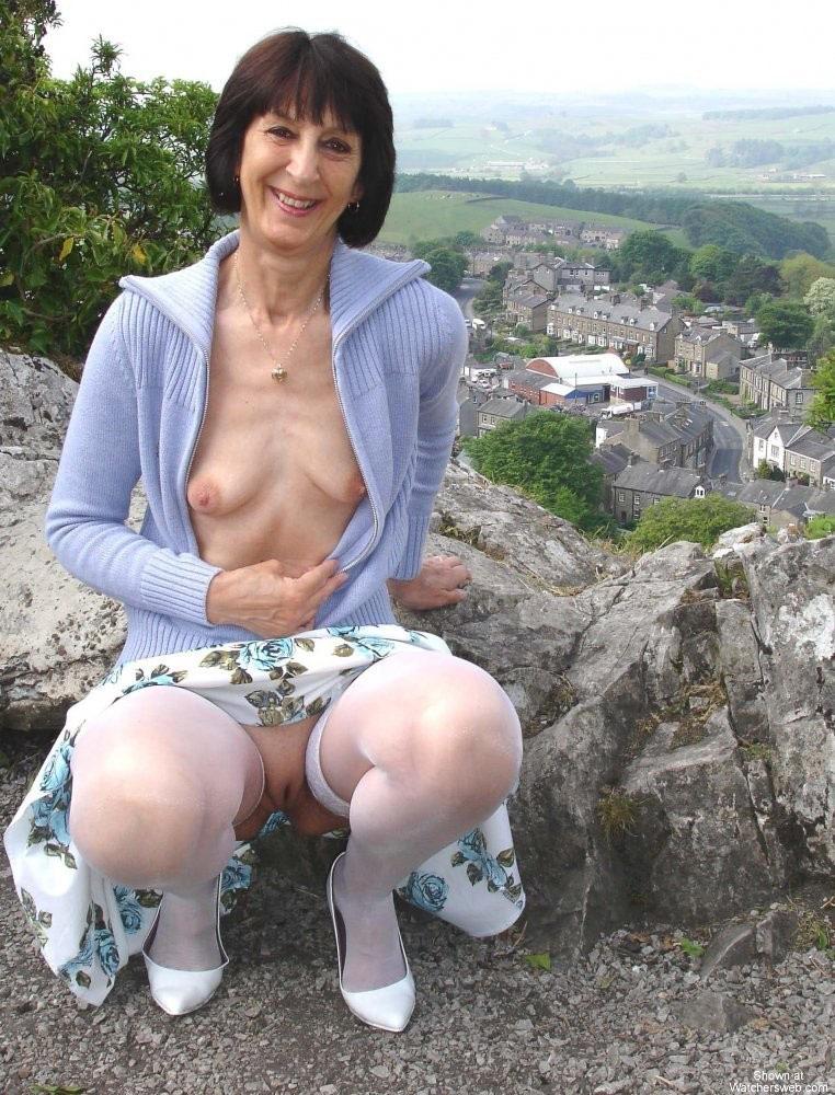 nued namitha boobs