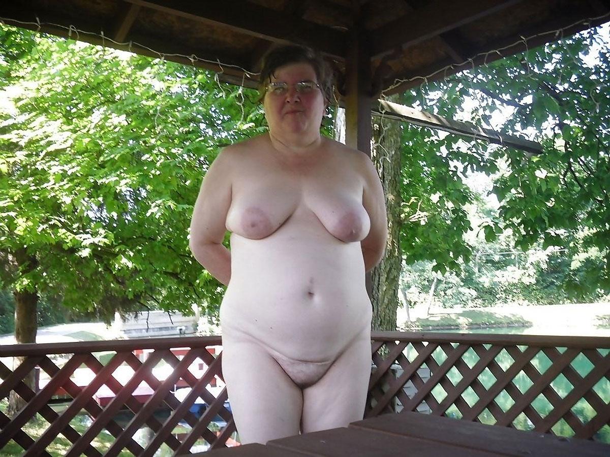 Skinny saggy empty tits