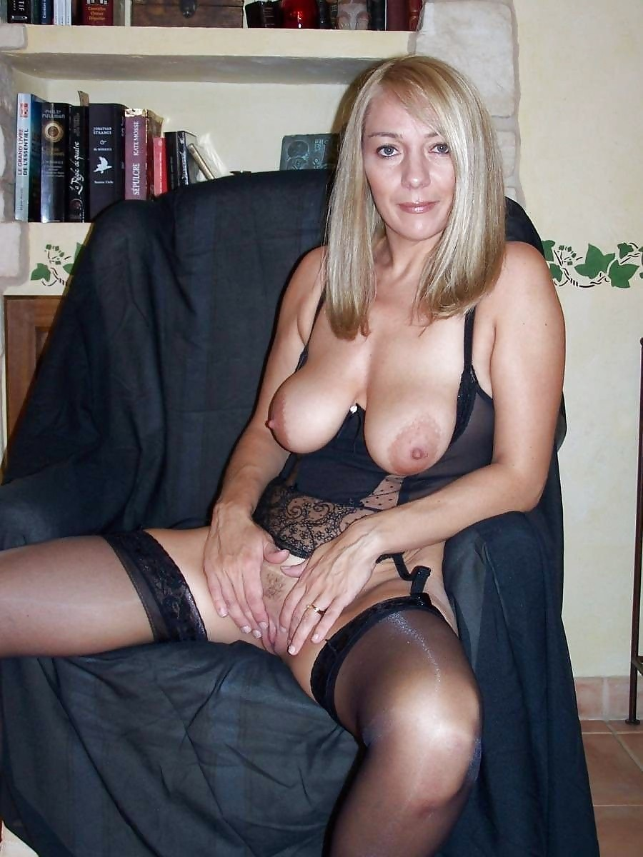 Amateur mature stocking