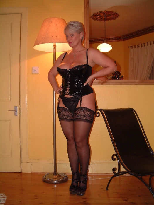 Stockings pics mature 11 Middle
