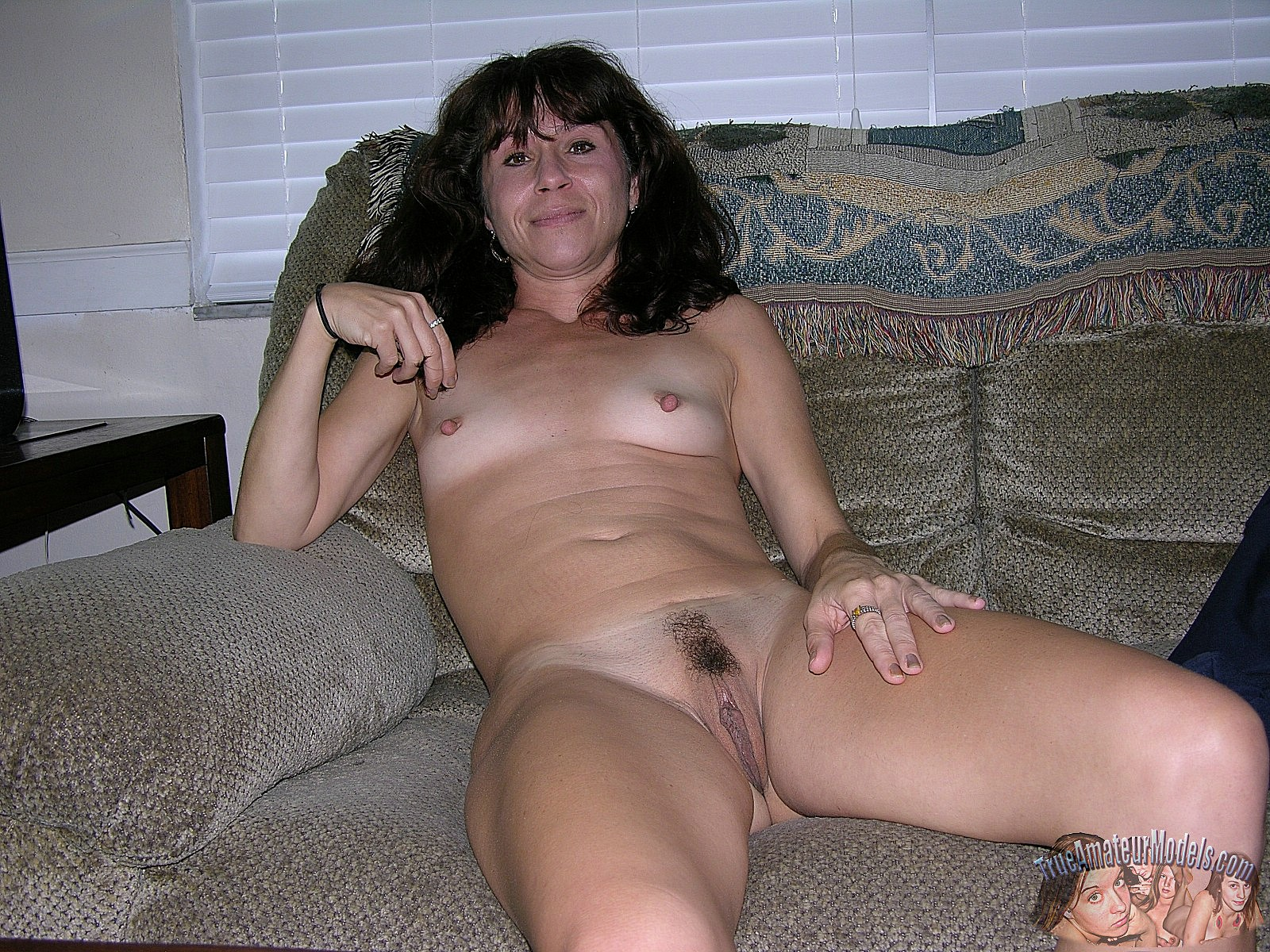 nude-mature-model-photos